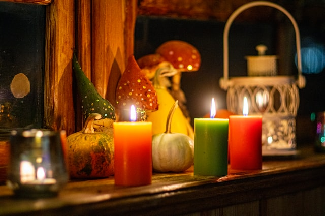 candles and candlesticks